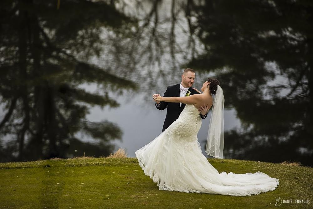 Penn Oaks Golf Club fall wedding