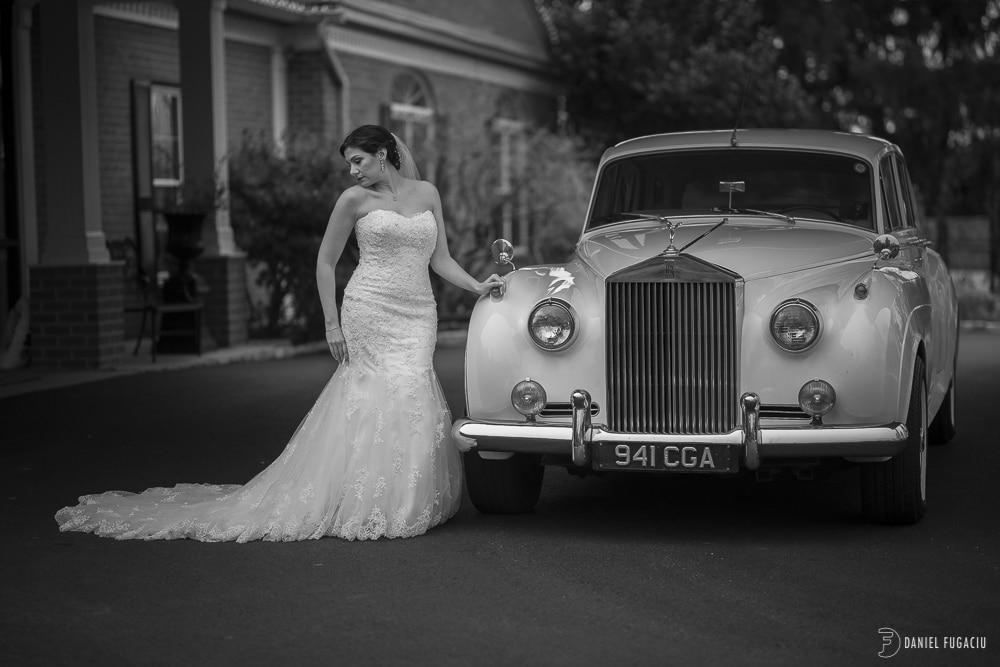 Rolls Royce bridal portrait